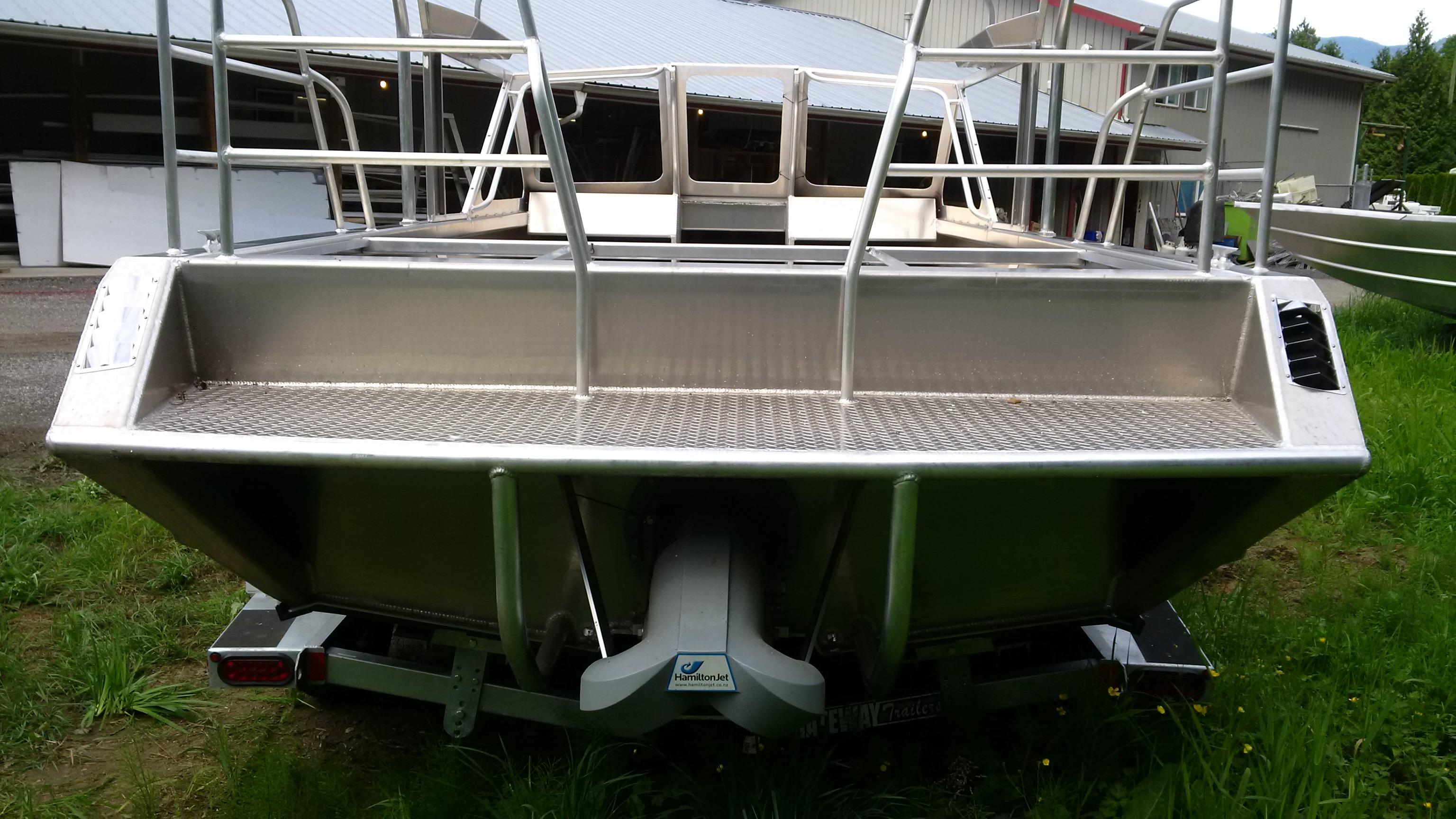 High Caliber / Bean Marine Tub, 6 0L, Hamilton 212 For Sale